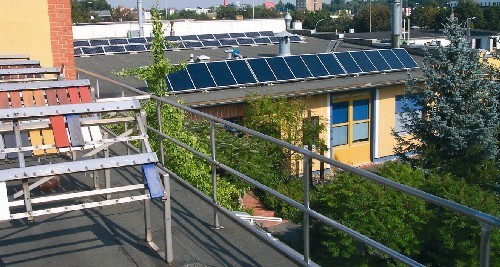 Varer testes og solvarmeanlæg
